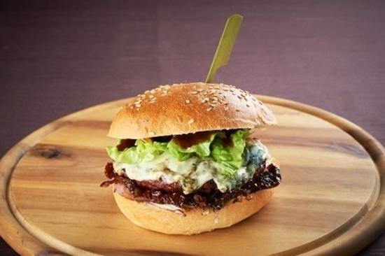 Burger Tartufi